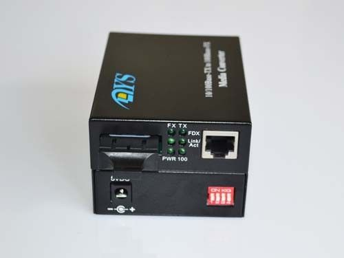 ROHS 100M LFP Optical Fiber Media Converter For CATV / Network आपूर्तिकर्ता