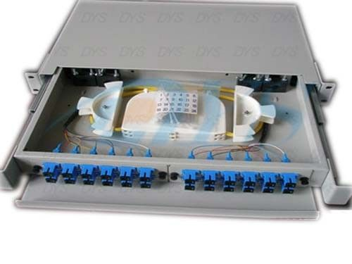 चीन SC Beige Fiber Optic Odf , 24 Aluminium Port Fiber Optic Patch Panel आपूर्तिकर्ता